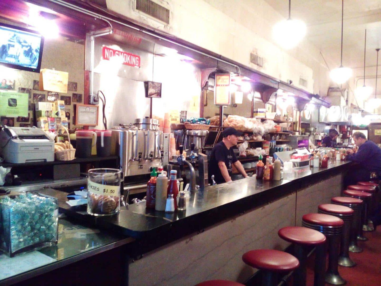 Frühstück in New York - 2 coole Diner direkt an der 5th Avenue